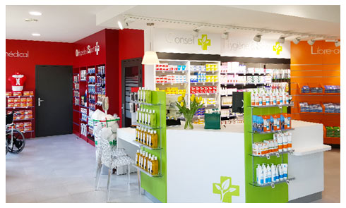 Sornette menuisier agenceur metz for Agencement pharmacie meuble